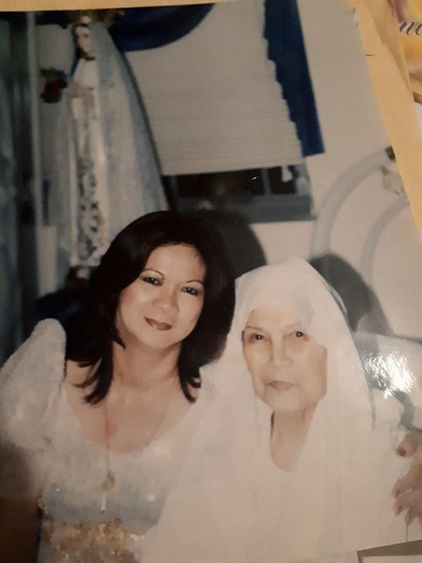Apo Veronica with Mama